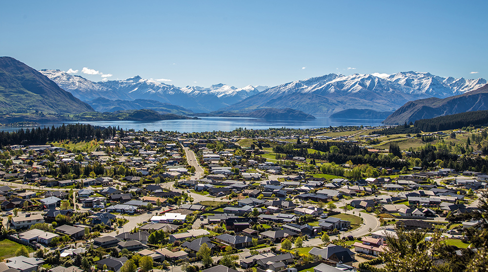 A view of Wanaka looking towards the Alps